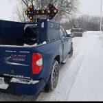Escorte routière et signalisation
